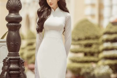 """Nữ người mẫu 10x diện áo dài đẹp hút hồn, """"đốn tim"""" cộng đồng mạng"""
