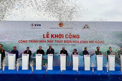 Thủ tướng Nguyễn Xuân Phúc phát lệnh khởi công công trình Nhà máy Thủy điện Hòa Bình mở rộng