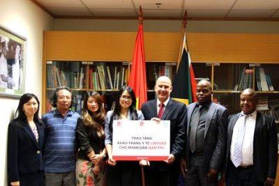 PSD GROUP trao tặng khẩu trang y tế LIDOSAD cho nhân dân Nam Phi