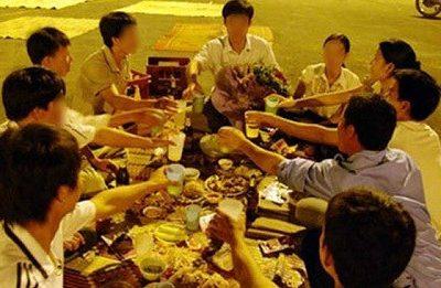Hà Nội chỉ thị không tụ tập quá 10 người ngoài phạm vi công sở, bệnh viện