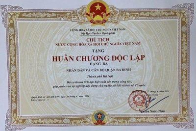 Quận Ba Đình đón nhận Huân chương Độc lập hạng Ba