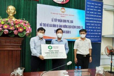 Van Phuc Group tiếp tục ủng hộ 2,2 tỷ cho các hoàn cảnh khó khăn